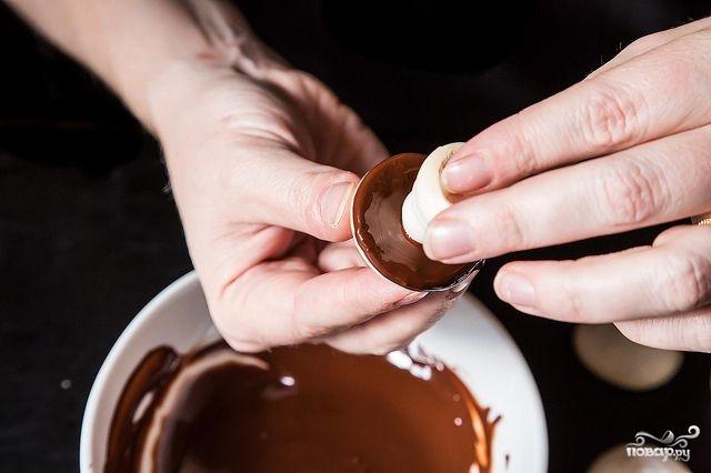Печенье в виде грибочков - фото шаг 7