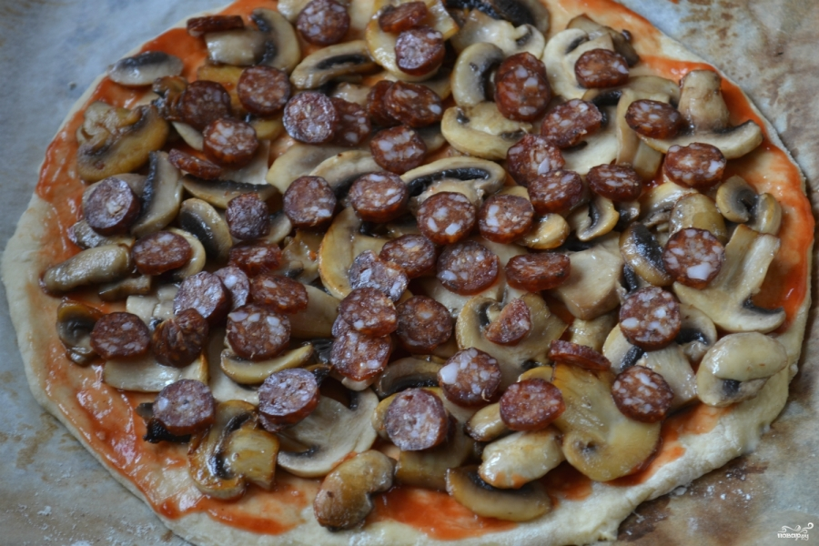 Пицца на кефире в духовке - фото шаг 9
