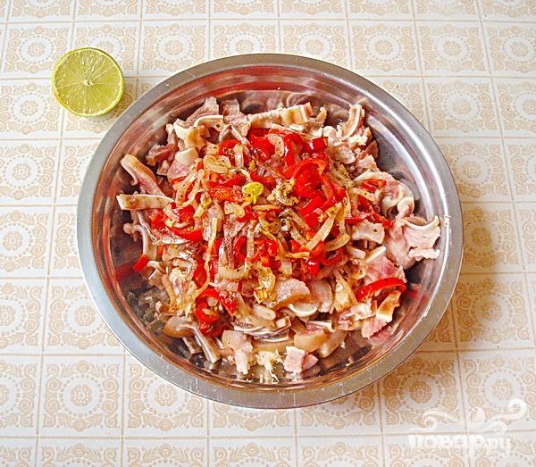 Острая закуска из свиных ушей - фото шаг 5