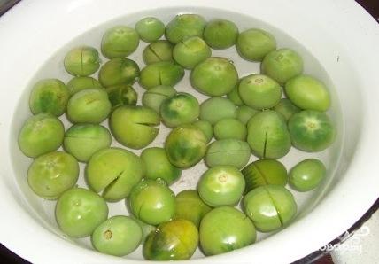 Зеленые помидоры по-грузински - фото шаг 1