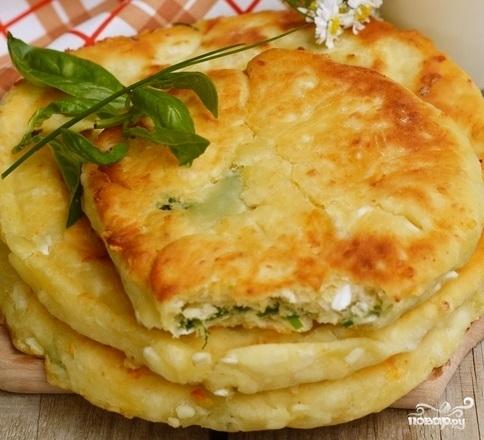 Рецепт сырных лепешек на кефире на сковороде рецепт с фото с начинкой