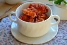 Куриная грудка под соусом в духовке