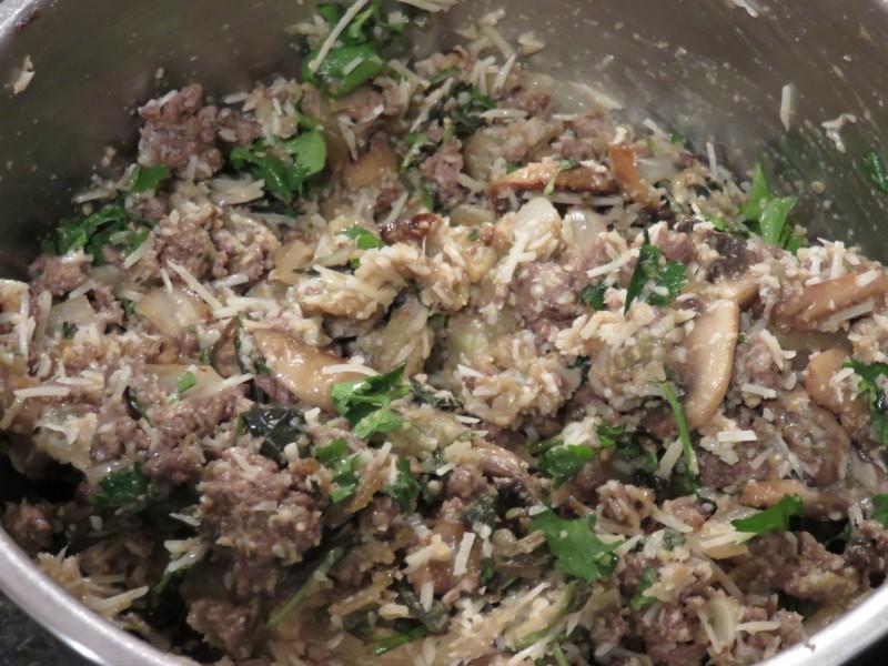 Говядина с баклажанами в духовке - фото шаг 6