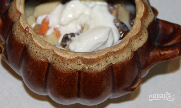Картошка, тушенная с шампиньонами в сметане - фото шаг 7
