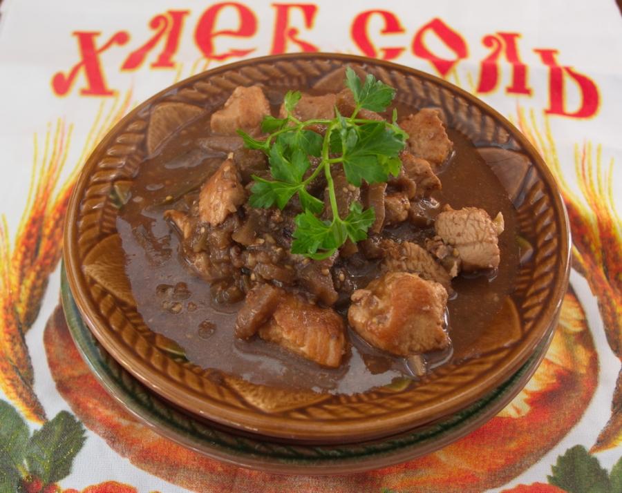 Что можно приготовить из шампиньонов и картошки и мяса