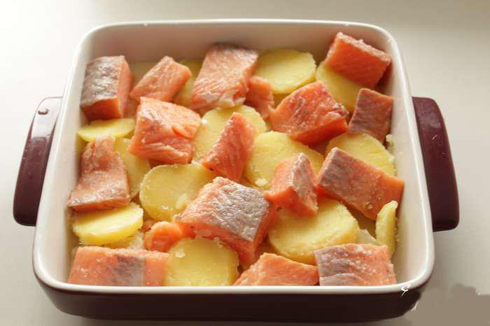 Запеканка с брокколи и картофелем - фото шаг 2