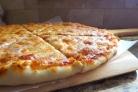 Пицца на пышном тесте