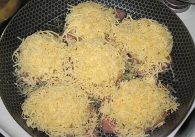 Свиные отбивные с сыром - фото шаг 3