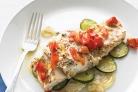 Рыба с цуккини и приправами