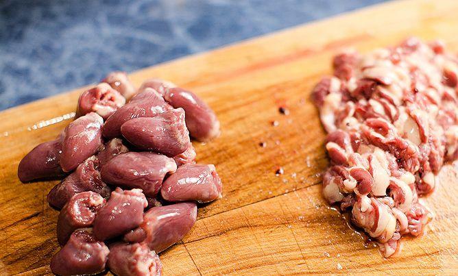 Рецепт Куриные сердечки в сливочном соусе