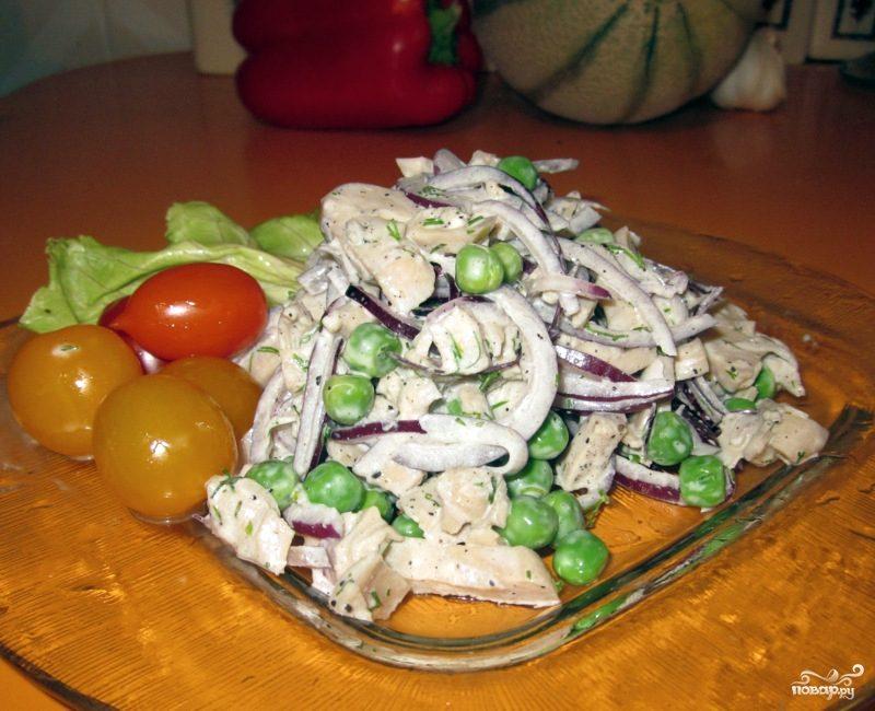 Салат из маринованных кальмаров
