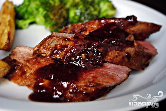 мясо в духовке в гранатовом соусе рецепт с фото