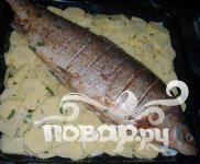 Муксун запеченный с картофелем - фото шаг 1