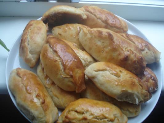 Постные пирожки в духовке - фото шаг 8