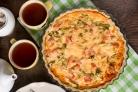 Пирог с рыбой и брокколи