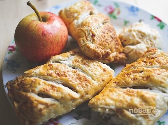 штрудель с яблоками из дрожжевого теста рецепт с фото