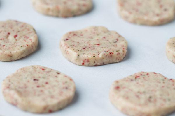 Песочное печенье с клюквой - фото шаг 7