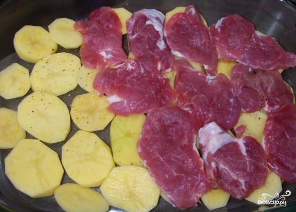 Свинина по-французски с грибами - фото шаг 2