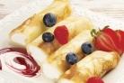 Блинчики с творогом и ягодами