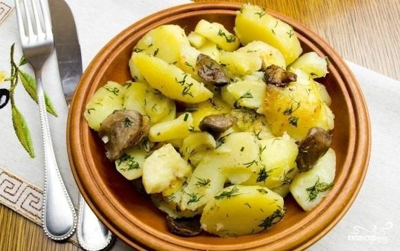 Маслята с картошкой в мультиварке