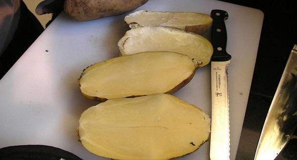 Картофель, фаршированный сыром - фото шаг 2