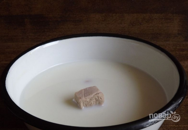 Тесто дрожжевое несладкое - фото шаг 1