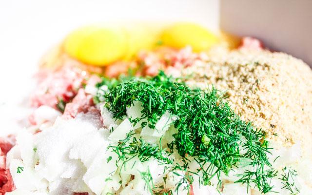 Тефтели в сливочно-грибном соусе - фото шаг 4