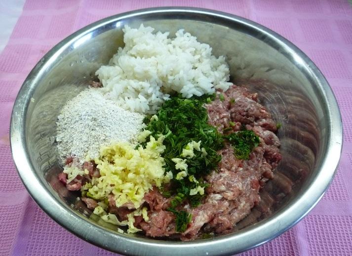 Рецепт Биточки из фарша и риса