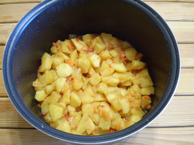 Картофельное рагу - фото шаг 6