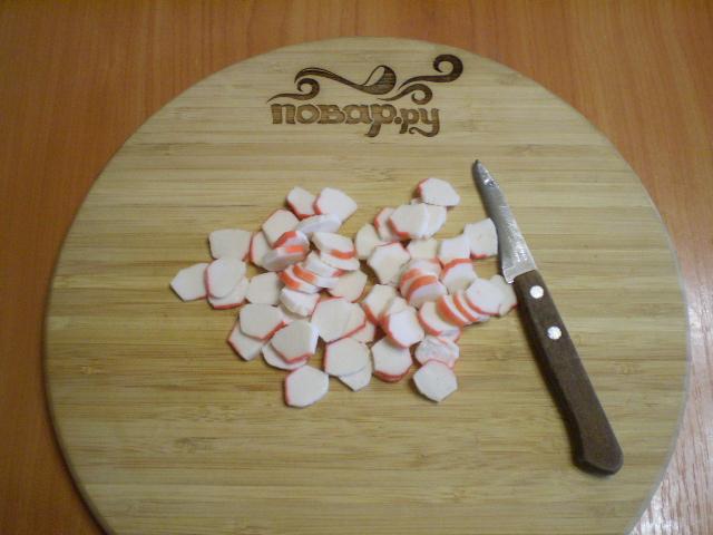 Салат с корейской морковкой и кукурузой - фото шаг 3