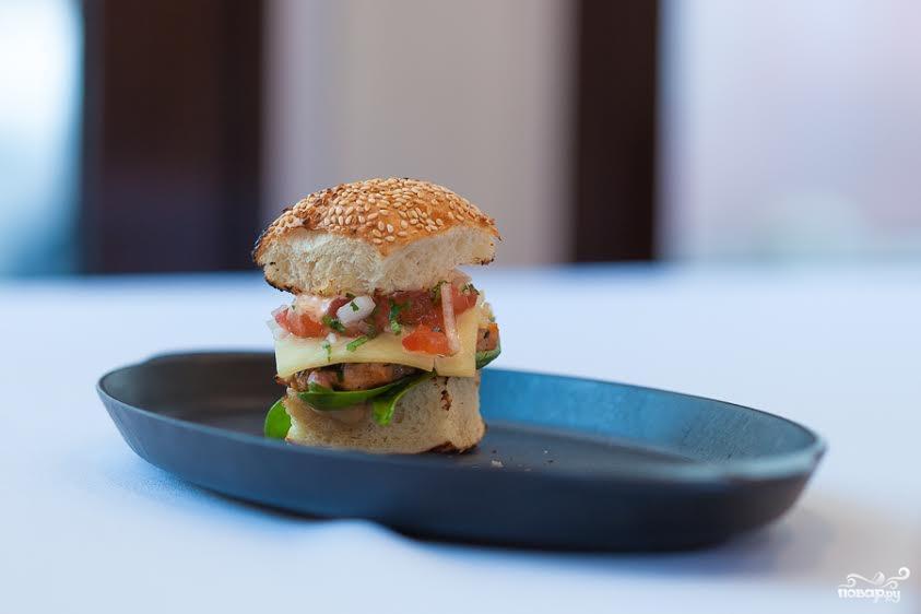 Рецепт Бургер из норвежской семги