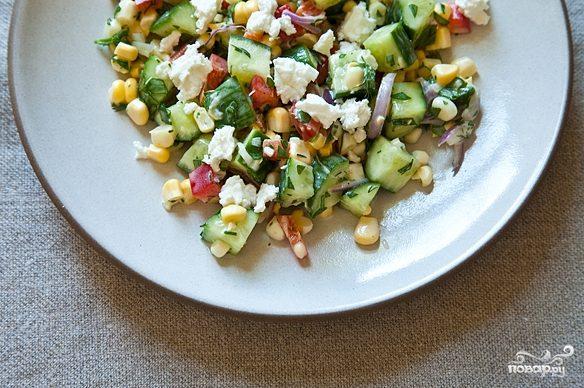 Салат из сладкой кукурузы