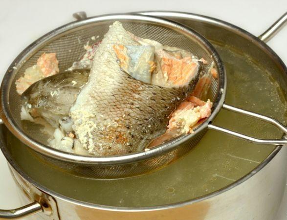 Суп из форели в мультиварке - фото шаг 3