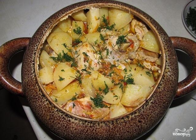 блюда в горшочках в духовке с мясом и картошкой