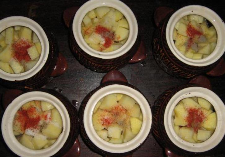 Говядина с грибами и картошкой - фото шаг 7