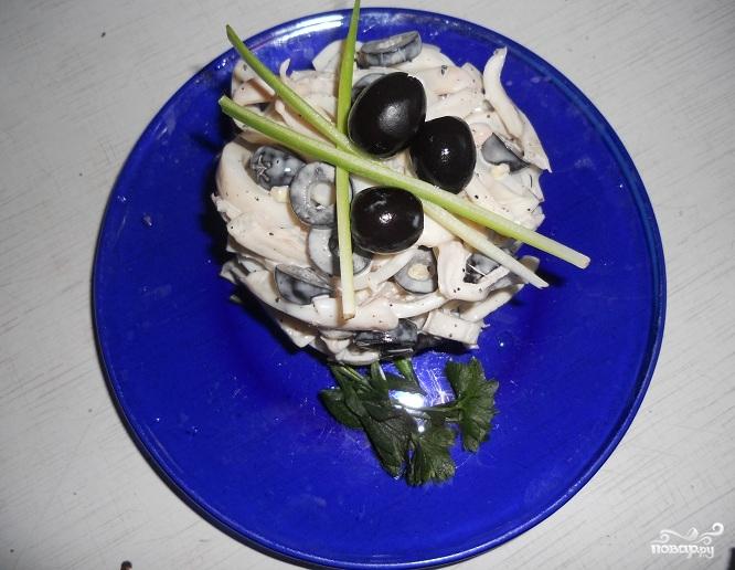Салат из кальмаров и оливок - фото шаг 5