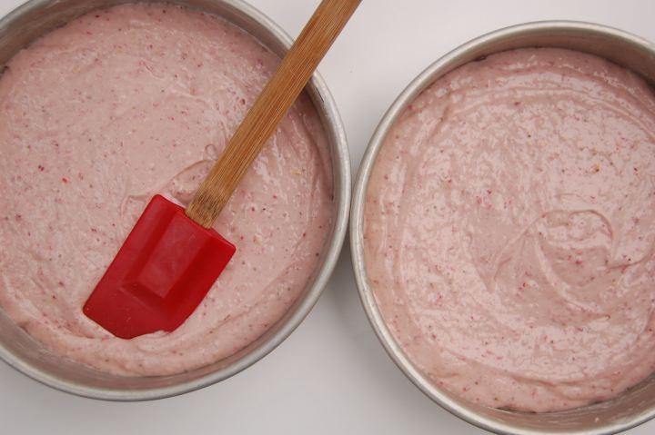Клубничный крем для торта - фото шаг 9