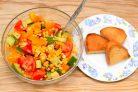 Салат из кукурузы консервированной