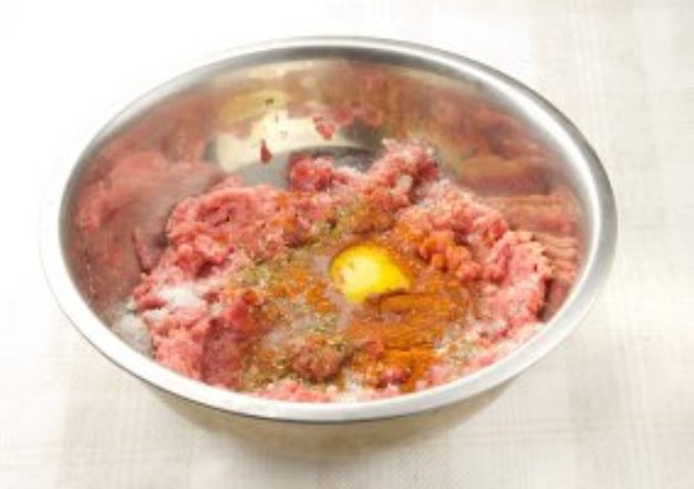 Рецепт Куриные биточки с сыром