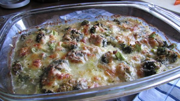 Мясо с брокколи в духовке - фото шаг 6