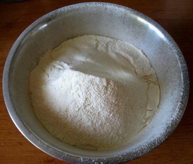 Пирожки духовые дрожжевые - фото шаг 3