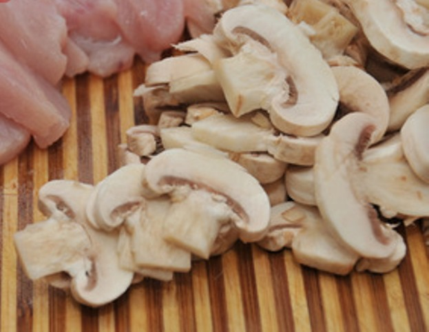 Рецепт Лапша с курицей и грибами