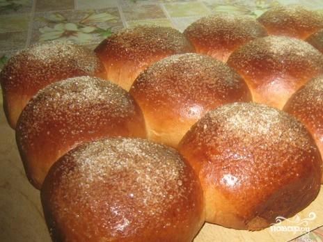 Сдобные булочки с сахаром