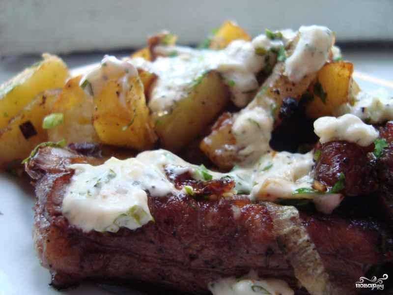 Картошка по-деревенски в духовке с мясом