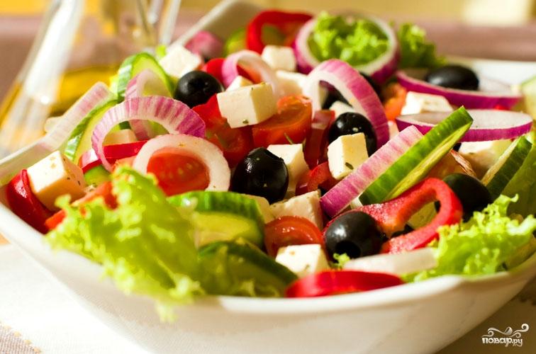 Салат греческий с бальзамическим уксусом - фото шаг 8