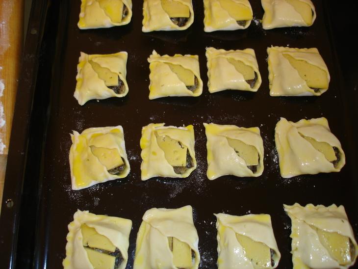 Пирожки с шампиньонами - фото шаг 4