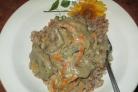 Свинина со сметаной на сковороде