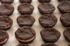 Шоколадные пирожные с шоколадным кремом