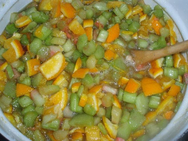 Варенье из ревеня с апельсином - фото шаг 4