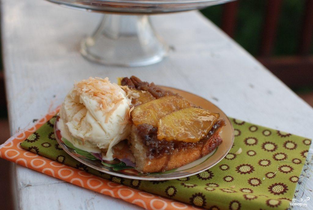 Ананасовый пирог с орехами пекан